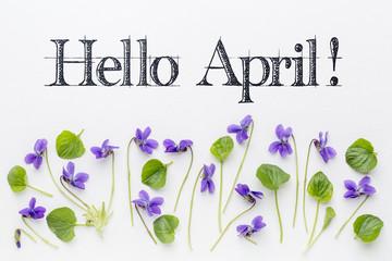 Mesec april